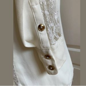 Cache Tops - CACHE Blouse Ivory Sz S Button Up long sleeves